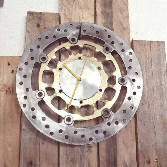 "HORLOGE BY \""NORD CUSTOM\\"""