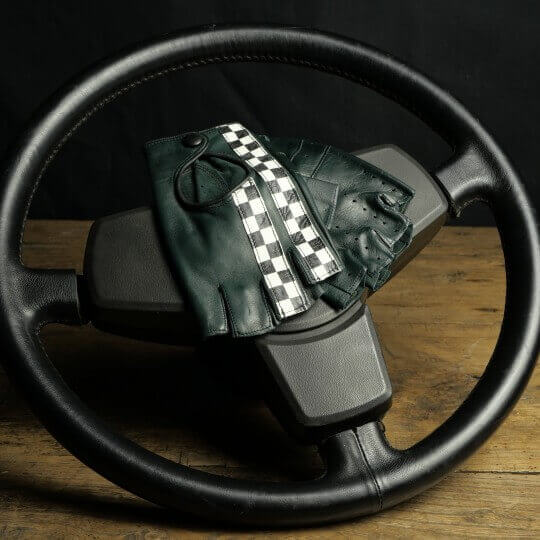 DRIVING MITTENS - LEATHER - GREEN CHECKERED