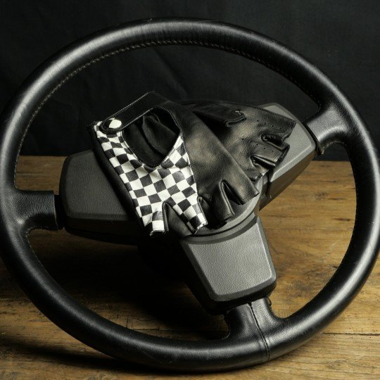 24H LE MANS MITTENS - LEATHER - BLACK CHECKERED