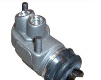 Cylindre de roue avant droite Austin Healey BN1 - BN1.221403