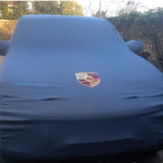 Grand Ecusson brodé Porsche pour housse ou combinaison