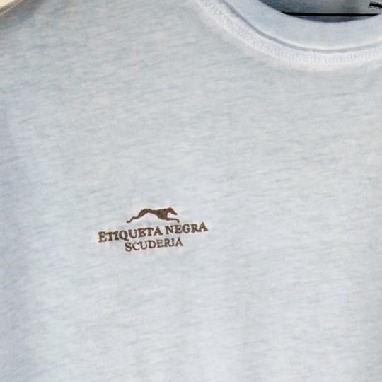 T-shirt Etiqueta Negra