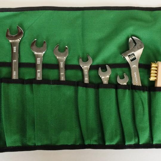 Trousse à outils Castrol, les 15 outils nécessaires